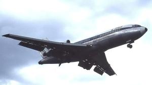 TAA 727 flies low over Sydney
