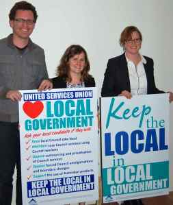 Greens Councillors Melissa Brooks and Sylvie Ellsmore signed pledge in support of the campaign to keep the local in local government, August 2012