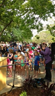 Kids gather for opening Fanny Durack Aquatic Centre 27 Oct 2013