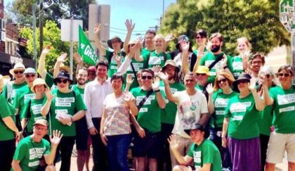 Doorknocking with Jenny Leong and Scott Ludlum 2014